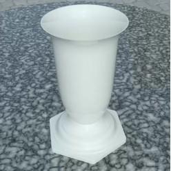 Флакон пластмассовый для цветов белый FL 3